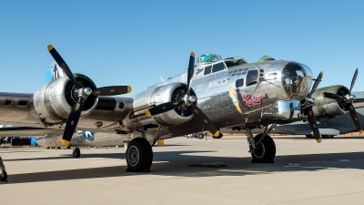 Photo ID 224809 by W.A.Kazior. Private Commemorative Air Force Boeing B 17G Flying Fortress 299P, N9323Z