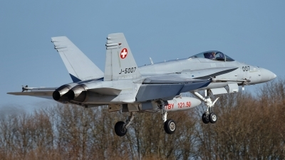 Photo ID 225120 by Rainer Mueller. Switzerland Air Force McDonnell Douglas F A 18C Hornet, J 5007