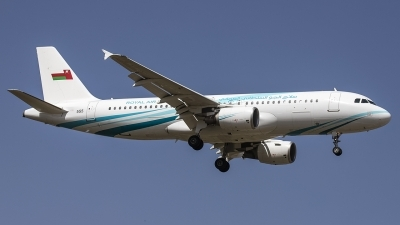 Photo ID 225342 by Redeemer Saliba. Oman Air Force Airbus A320 214XCJ, 555