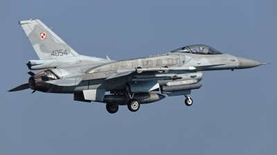 Photo ID 225465 by Rainer Mueller. Poland Air Force General Dynamics F 16C Fighting Falcon, 4054