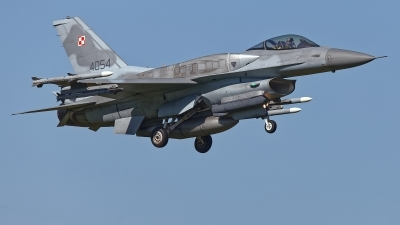 Photo ID 225565 by Rainer Mueller. Poland Air Force General Dynamics F 16C Fighting Falcon, 4054