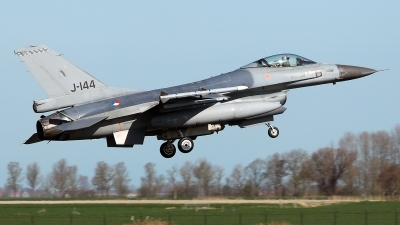Photo ID 225542 by Carl Brent. Netherlands Air Force General Dynamics F 16AM Fighting Falcon, J 144