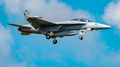 Photo ID 225727 by Martin Thoeni - Powerplanes. USA Navy Boeing F A 18F Super Hornet, 169653
