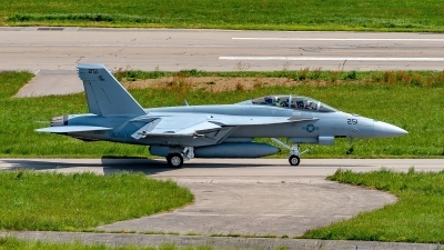 Photo ID 225728 by Martin Thoeni - Powerplanes. USA Navy Boeing F A 18F Super Hornet, 169653