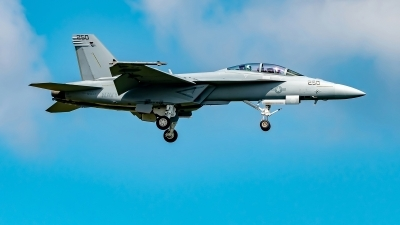 Photo ID 225730 by Martin Thoeni - Powerplanes. USA Navy Boeing F A 18F Super Hornet, 169654