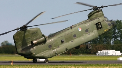Photo ID 25805 by Oscar Pluimer. Netherlands Air Force Boeing Vertol CH 47D Chinook, D 664