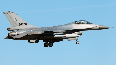 Photo ID 226166 by Carl Brent. Netherlands Air Force General Dynamics F 16AM Fighting Falcon, J 020