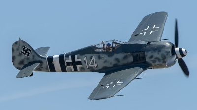 Photo ID 226212 by W.A.Kazior. Private Planes of Fame Air Museum Focke Wulf FW 190A 9, N190RF