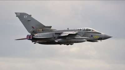 Photo ID 226336 by Tonnie Musila. UK Air Force Panavia Tornado GR4 T, ZA410