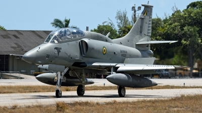 Photo ID 226399 by Marc van Zon. Brazil Air Force McDonnell Douglas AF 1C Skyhawk, N 1022