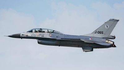 Photo ID 226690 by Dieter Linemann. Netherlands Air Force General Dynamics F 16BM Fighting Falcon, J 065