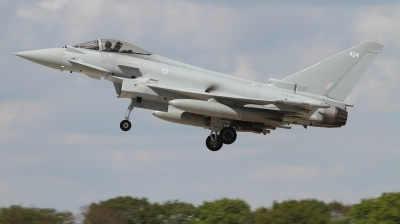 Photo ID 226929 by Paul Newbold. UK Air Force Eurofighter Typhoon FGR4, ZK424