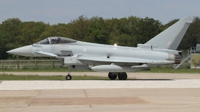 Photo ID 226999 by Paul Newbold. UK Air Force Eurofighter Typhoon FGR4, ZK371