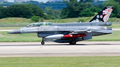 Photo ID 227374 by Brandon Thetford. Singapore Air Force General Dynamics F 16D Fighting Falcon, 94 0282
