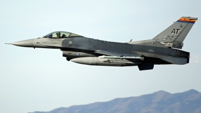Photo ID 227718 by Richard de Groot. USA Air Force General Dynamics F 16C Fighting Falcon, 86 0212