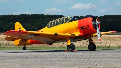 Photo ID 227677 by Carl Brent. Private Wings over Holland North American AT 6A Harvard, PH TXN