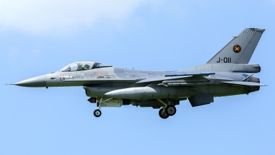 Photo ID 227792 by John. Netherlands Air Force General Dynamics F 16AM Fighting Falcon, J 011
