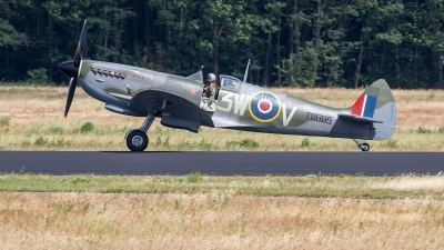 Photo ID 228119 by Alfred Koning. Netherlands Air Force Supermarine 361 Spitfire LF16E, G CKUE