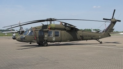 Photo ID 26040 by James Shelbourn. USA Army Sikorsky UH 60A C Black Hawk S 70A, 87 24584