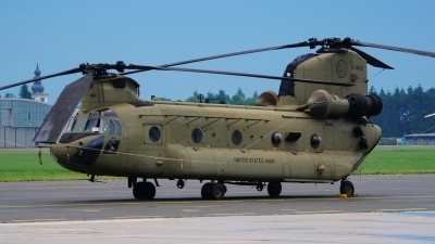 Photo ID 228218 by Lukas Kinneswenger. USA Army Boeing Vertol CH 47F Chinook, 13 08432