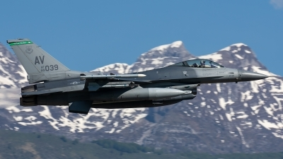 Photo ID 228555 by Thomas Ziegler - Aviation-Media. USA Air Force General Dynamics F 16C Fighting Falcon, 89 2039