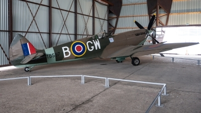 Photo ID 228754 by Jan Eenling. UK Air Force Supermarine 361 Spitfire LF16E, RR263
