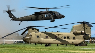 Photo ID 229386 by Thomas Ziegler - Aviation-Media. USA Army Sikorsky UH 60M Black Hawk S 70A, 10 20281