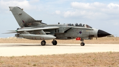 Photo ID 229421 by Ray Biagio Pace. UK Air Force Panavia Tornado GR4, ZA462