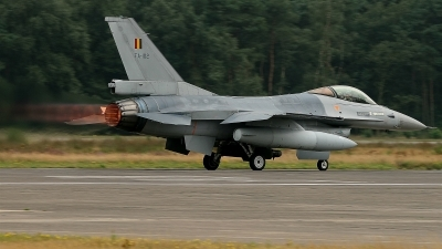 Photo ID 26143 by Tim Van den Boer. Belgium Air Force General Dynamics F 16AM Fighting Falcon, FA 102