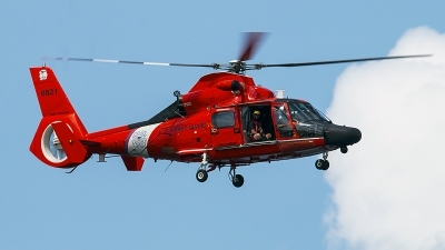 Photo ID 229894 by Aaron C. Rhodes. USA Coast Guard Aerospatiale HH 65B Dolphin, 6521
