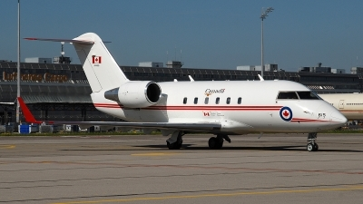 Photo ID 230536 by Florian Morasch. Canada Air Force Canadair CL 600 2A12 Challenger 601, 144615