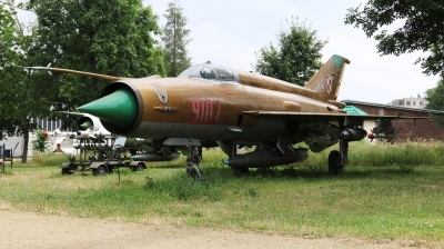 Photo ID 230762 by Milos Ruza. Poland Air Force Mikoyan Gurevich MiG 21MF, 9107