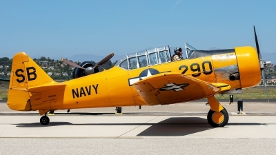 Photo ID 230842 by W.A.Kazior. Private Commemorative Air Force North American SNJ 5 Texan, N89014