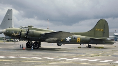Photo ID 231113 by D. A. Geerts. Private B 17 Preservation Ltd Boeing B 17G Flying Fortress 299P, G BEDF