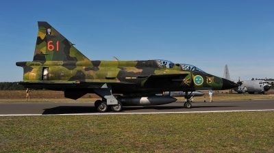 Photo ID 231611 by Alex Staruszkiewicz. Private Swedish Air Force Historic Flight Saab Sk37E Viggen, SE DXO