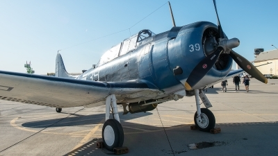 Photo ID 232058 by W.A.Kazior. Private Planes of Fame Air Museum Douglas SBD 5 Dauntless, NX670AM