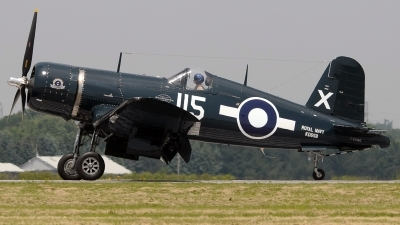Photo ID 232836 by Aldo Bidini. Private Vintage Wings of Canada Goodyear FG 1D Corsair, C GVWC