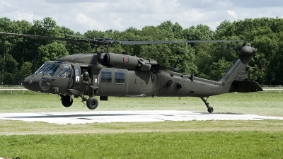 Photo ID 232910 by Joop de Groot. USA Army Sikorsky UH 60L Black Hawk S 70A, 90 26271