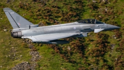 Photo ID 232967 by Ian Lane. UK Air Force Eurofighter Typhoon FGR4, ZJ929