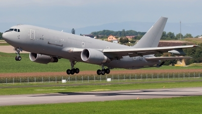 Photo ID 233130 by Aldo Bidini. Italy Air Force Boeing KC 767A 767 2EY ER, MM62227