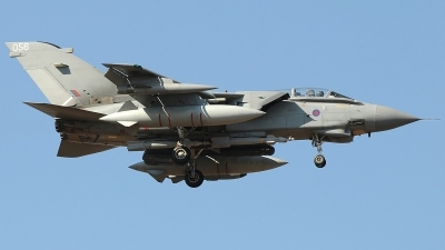 Photo ID 233490 by Aldo Bidini. UK Air Force Panavia Tornado GR4, ZA588