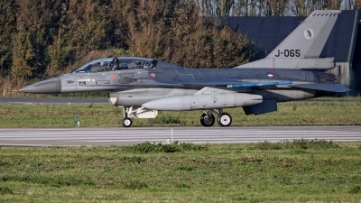 Photo ID 233868 by Rainer Mueller. Netherlands Air Force General Dynamics F 16BM Fighting Falcon, J 065