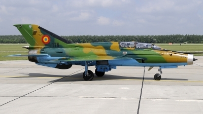 Photo ID 234535 by Aldo Bidini. Romania Air Force Mikoyan Gurevich MiG 21UM Lancer B, 176