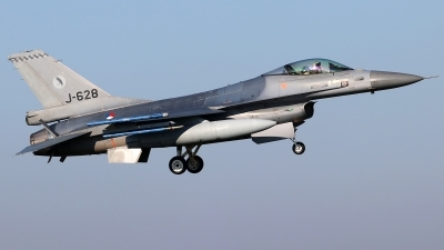 Photo ID 234547 by Mark Broekhans. Netherlands Air Force General Dynamics F 16AM Fighting Falcon, J 628