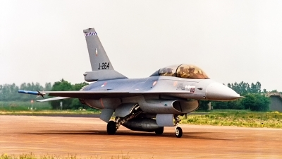 Photo ID 234596 by Jan Eenling. Netherlands Air Force General Dynamics F 16B Fighting Falcon, J 264