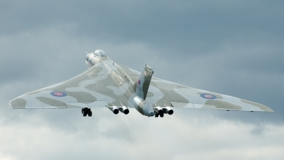 Photo ID 26640 by Jeremy Gould. Private Private Avro Vulcan B2, G VLCN