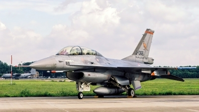 Photo ID 235815 by Jan Eenling. Netherlands Air Force General Dynamics F 16BM Fighting Falcon, J 066