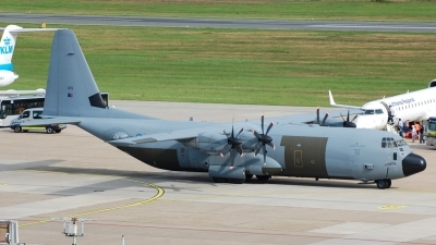 Photo ID 26703 by Günther Feniuk. UK Air Force Lockheed Martin C 130J Hercules C4 L 382, ZH879