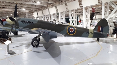 Photo ID 236082 by Paul Newbold. UK Air Force Supermarine 356 Spitfire F 24, PK724