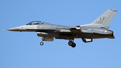 Photo ID 236277 by Richard de Groot. USA Air Force General Dynamics F 16C Fighting Falcon, 84 1297